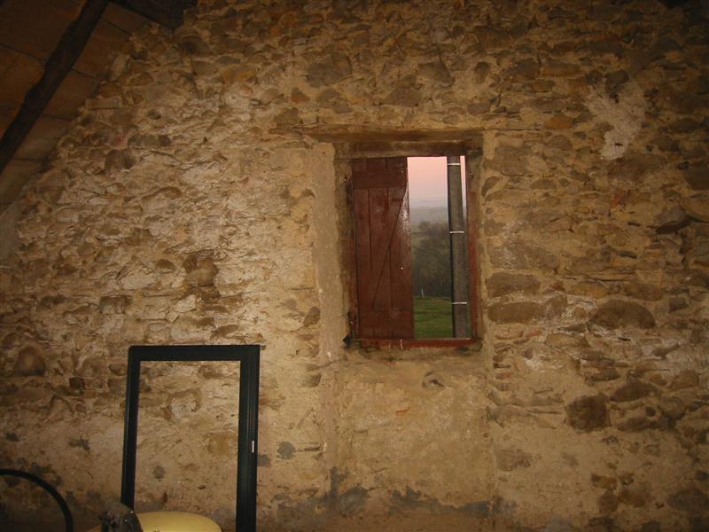 pose fenêtre alu - mur en pierre | forum menuiseries extérieures